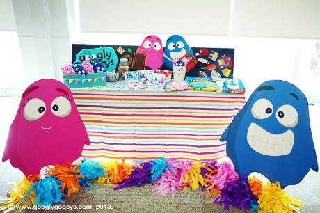 Summer Komikon Googly Gooeys Booth