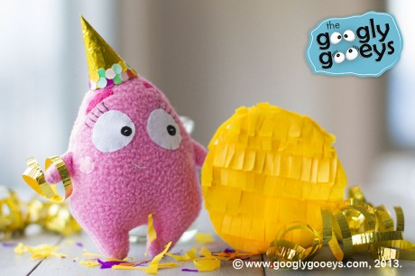 Tipsy the Yellow Party Pinata & Confetti