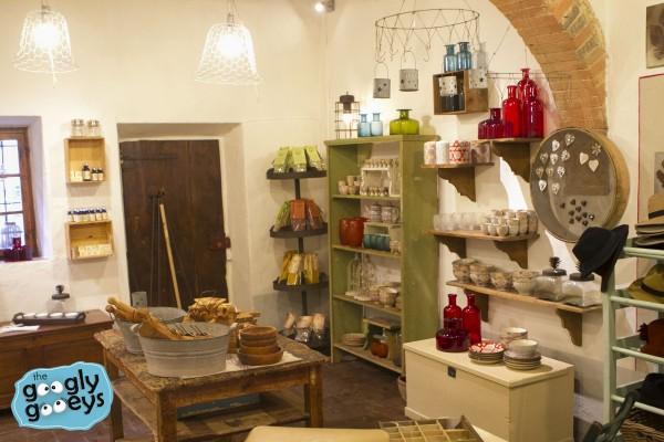 08 Monterigioni Pottery IMG_7953