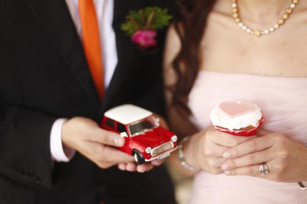 Mangored Googly Gooeys Wedding