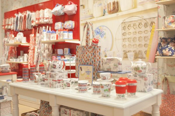 09 Cath Kidston Soldiers Table IMG_1379